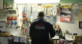 Officina per riparazione compressori gusti